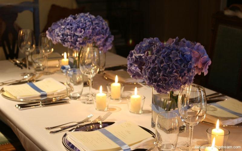 blue-hydrangea-centerpieces