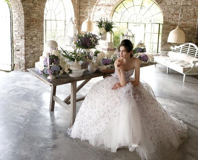 Floral-Print-Wedding-Inspiration-Eme-di-Eme-dress