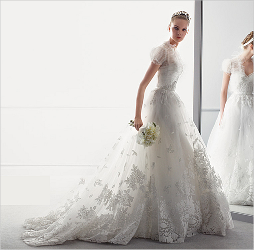 oscardelarenta_wedding_dress