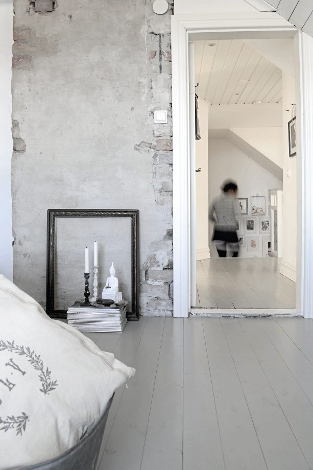 swedish-home-wood-light-bright-white