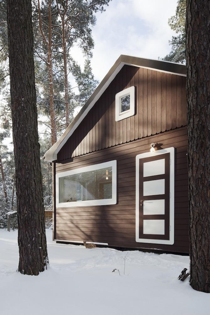 Waldhaus im märkischen Kiefernwald