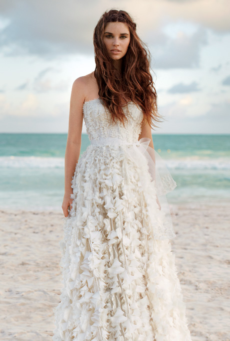 destination-wedding-dress-2012-monique-lhuillier
