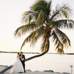 florida-beach-wedding-palm-tree-pink-sunday-morning-photo-inspiration-ozzy-garcia-photography