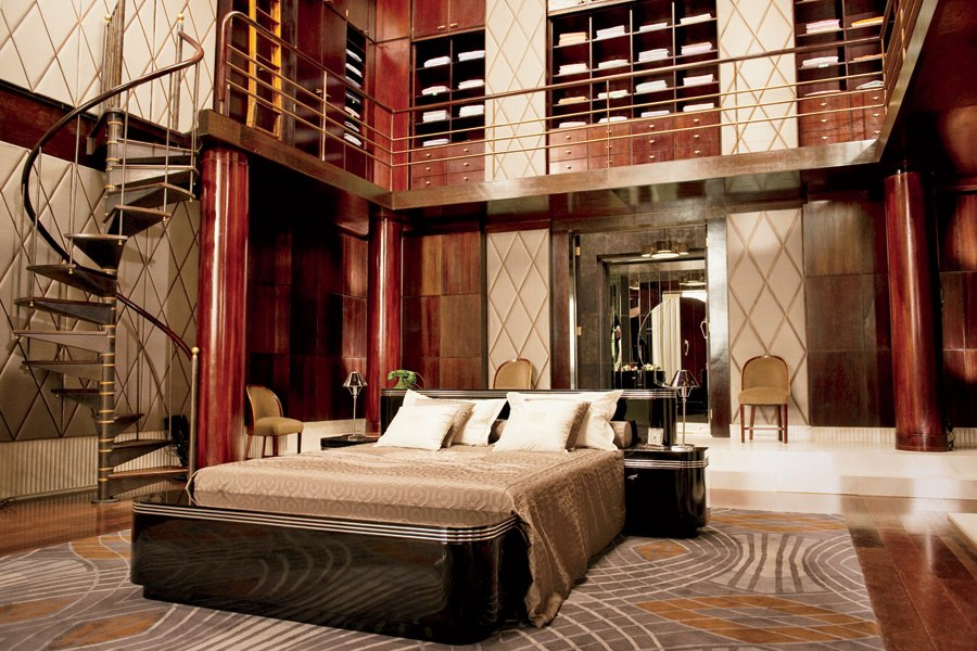 great-gatsby-movie-set-design-08-jay-gatsby-bedroom