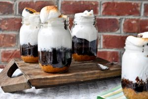 Project Fairytale: S'mores Cake in a Jar