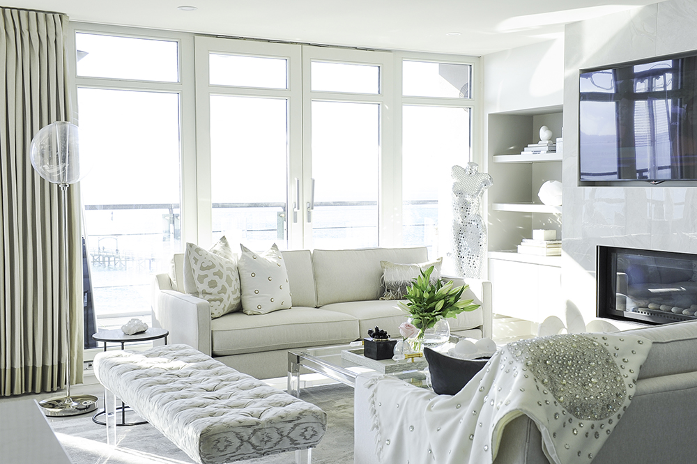 Project Fairytale: Monochromatic Home by the Sea