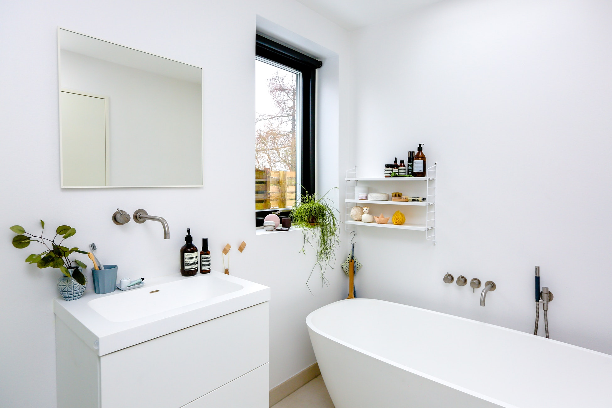 @projectfairytale: Tips for Painting Your Bathroom