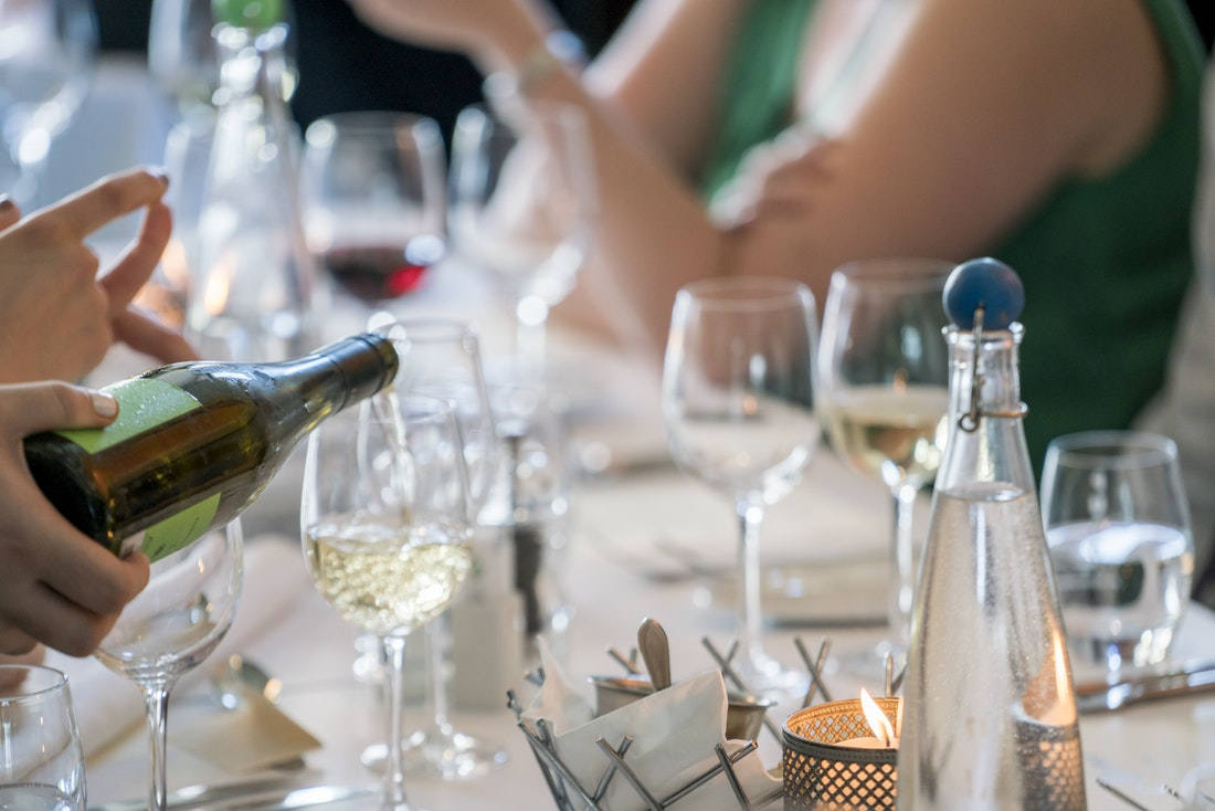 @projectfairytale: What Do Wedding Guests Really Care About?